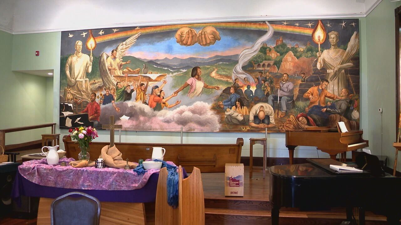 <i>WLOS</i><br/>Haywood Street Congregation's fresco honors people that the church has helped
