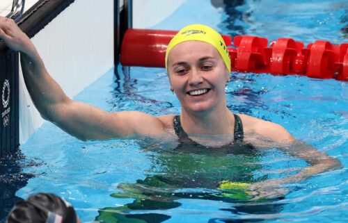 Ariarne Titmus closes for dramatic 200 free win